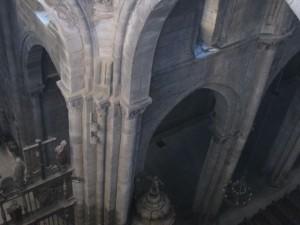 Vista del arranque de nervios para una bóveda primitiva en el crucero. FOTO: J. M. G.