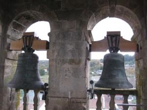 Dos de las tres campanas municipales. FOTO: J.M.G.