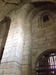 Detalle del muro norte ahora formando parte del interior de la capilla del Santísimo. FOTO: J.M.G.