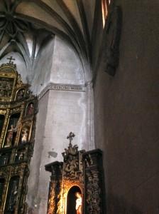 Grieta en el interior de la capilla mayor. FOTO: J. M. G.