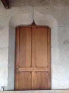 Puerta con arco conopial. FOTO: J.M.G.