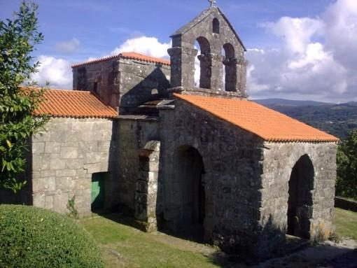 Exterior de la iglesia de Santa Comba. FOTO: J.M.G.