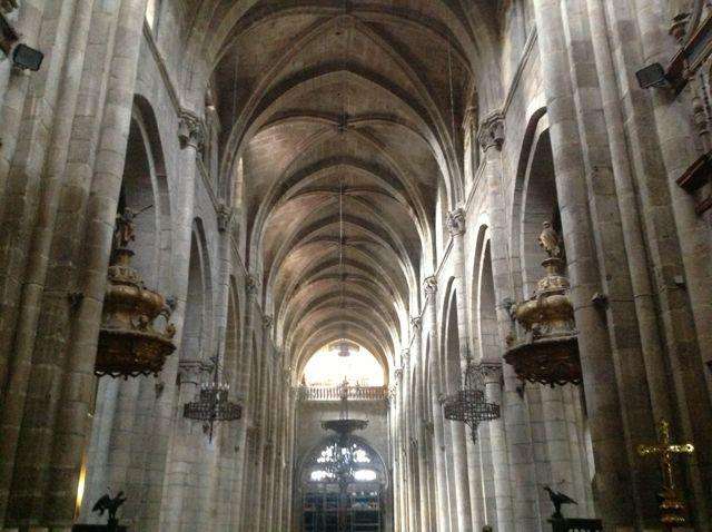 La catedral tiene una acústica aceptable en su interior medieval. FOTO: J.M.G.