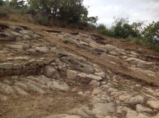 Otro detalle de la zona arqueológica alaricana. FOTO: J. M. G.