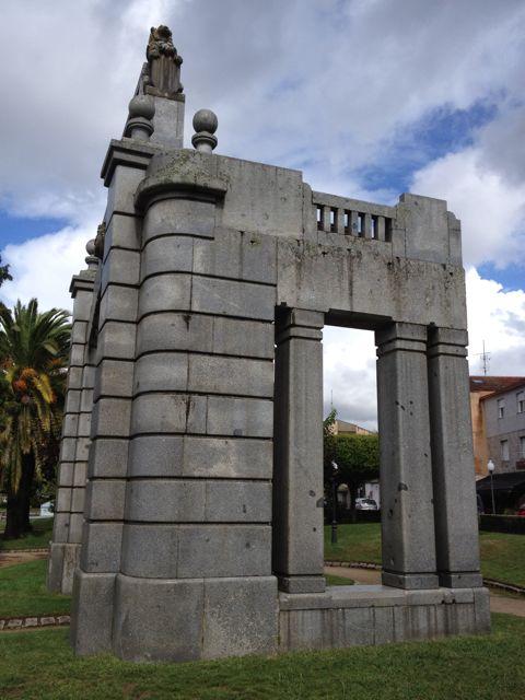 Detalles laterales de la estructura. FOTO: J.M.G.