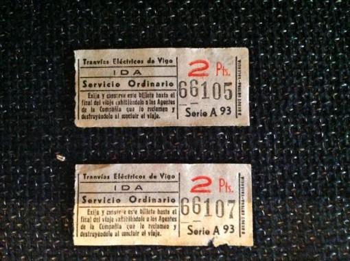 Dos billetes originales sin usar del tranvía vigués. Archivo J.M.G.