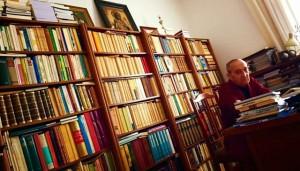 Cal Pardo no seu despacho en Mondoñedo. FOTO: Ramón Loureiro