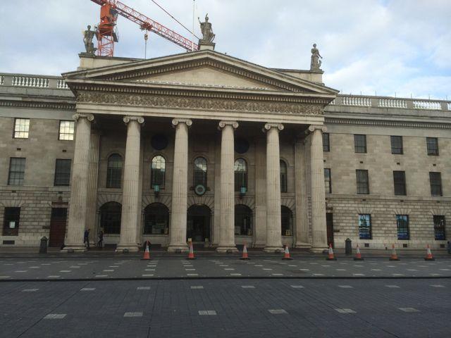 En la Oficina Central de Correos dublinesa comenzó el fallido intento de independencia de Irlanda en 1916. FOTO: M. Caride