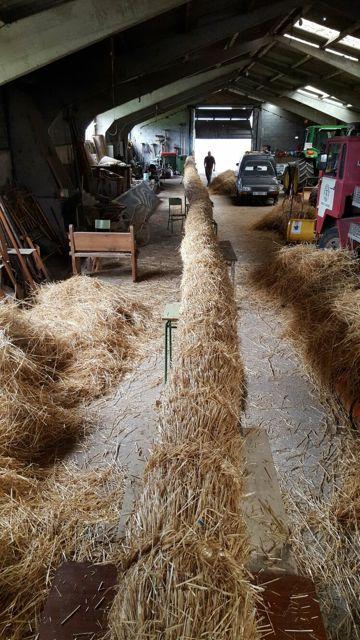 Este es el fachón principal, de varios metros, que abrirá la comitiva del martes. FOTO: Cedida.
