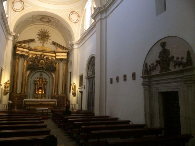 En la capilla parroquia de San Pedro se halla la puerta de acceso a la torre. FOTO: J.M.G.