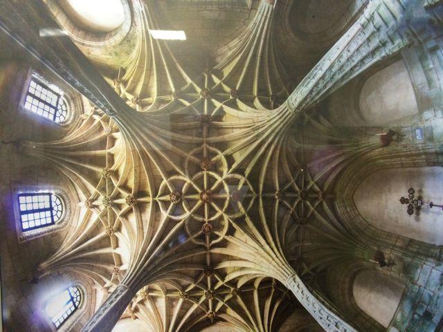 Espectacular imaxe das bóvedas da Sala das Palmeiras. FOTO: Xulio Gil